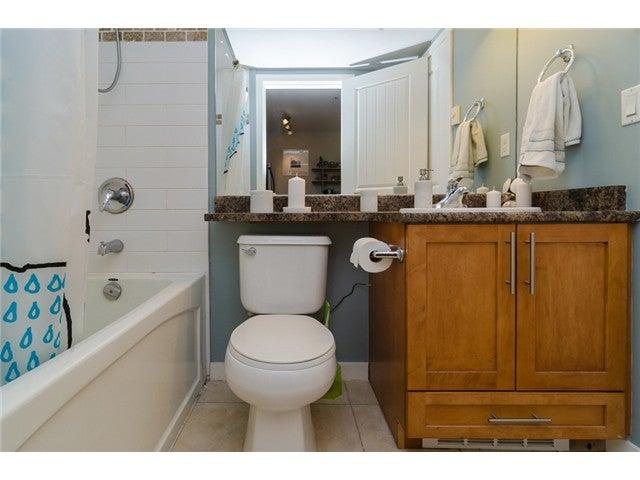 # 203 2342 WELCHER AV - Central Pt Coquitlam Apartment/Condo for sale, 1 Bedroom (V1082255) #17