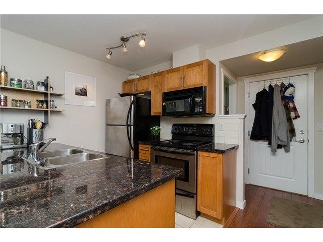 # 203 2342 WELCHER AV - Central Pt Coquitlam Apartment/Condo for sale, 1 Bedroom (V1082255) #4