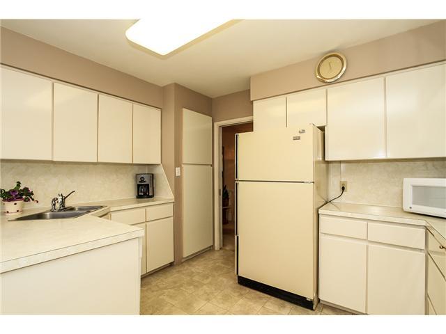 1290 EASTLAWN DR - Brentwood Park House/Single Family for sale, 4 Bedrooms (V1099652) #3