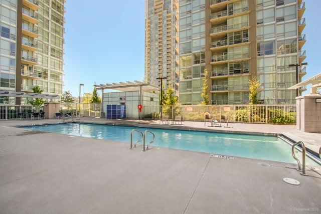 1607 2978 GLEN DRIVE - North Coquitlam Apartment/Condo for sale, 2 Bedrooms (R2140791)