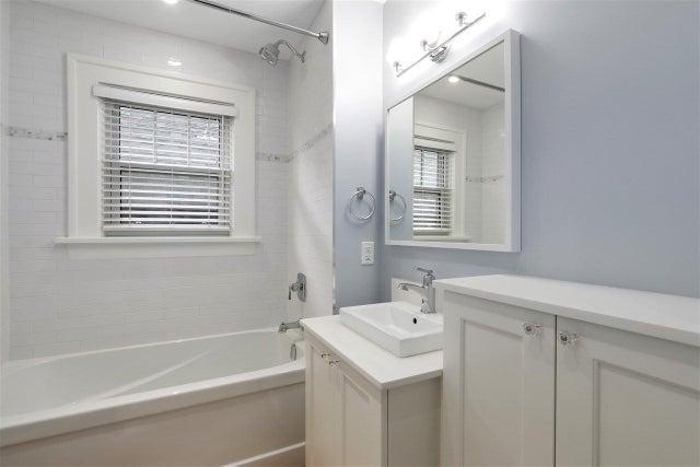 3693 DUNDAS STREET - Hastings Sunrise House/Single Family for sale, 5 Bedrooms (R2419248) #11