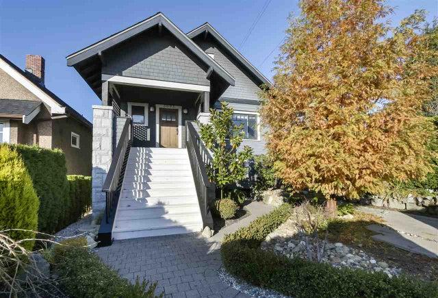 3693 DUNDAS STREET - Hastings Sunrise House/Single Family for sale, 5 Bedrooms (R2419248) #1
