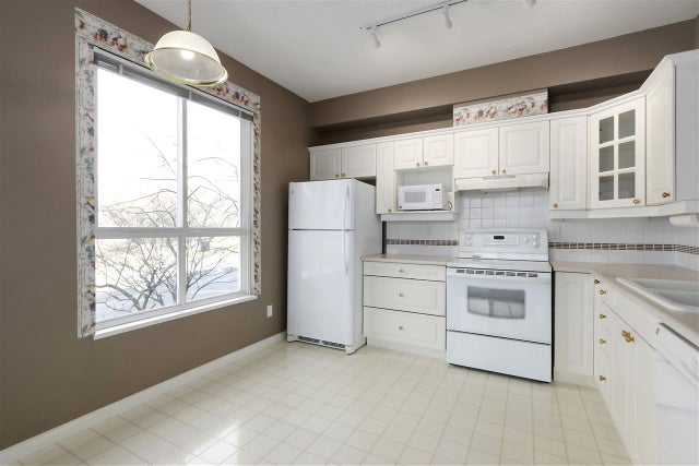 209 3098 GUILDFORD WAY - North Coquitlam Apartment/Condo for sale, 2 Bedrooms (R2438254) #8