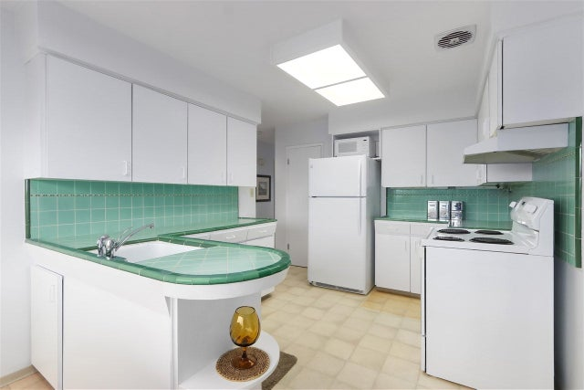1841 MOORE AVENUE - Montecito House/Single Family for sale, 3 Bedrooms (R2452679) #6