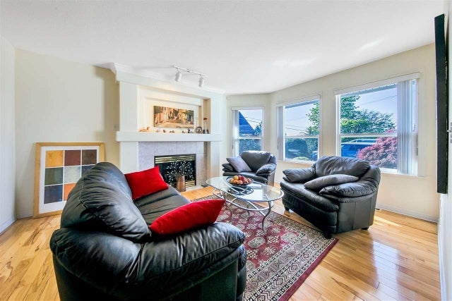 1017 ALDERSON AVENUE - Maillardville 1/2 Duplex for sale, 3 Bedrooms (R2571029) #2