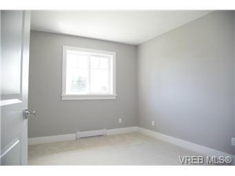836 Sevenoaks Rd - SE Swan Lake Half Duplex for sale, 4 Bedrooms (343017) #15