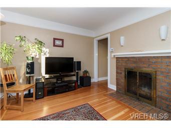 625 Lampson St - Es Old Esquimalt Single Family Detached for sale, 2 Bedrooms (344782) #2