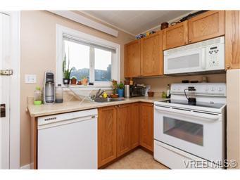 625 Lampson St - Es Old Esquimalt Single Family Detached for sale, 2 Bedrooms (344782) #8