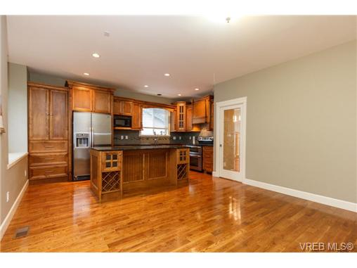 3910 South Valley Dr - SW Strawberry Vale Single Family Detached for sale, 4 Bedrooms (347245) #8