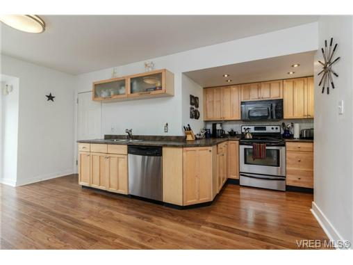 3301 Linwood Ave - SE Maplewood Single Family Detached for sale, 4 Bedrooms (347864) #1