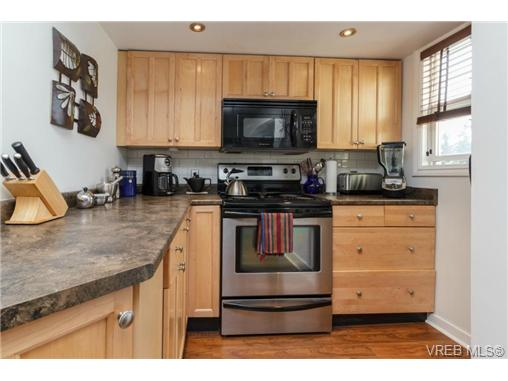 3301 Linwood Ave - SE Maplewood Single Family Detached for sale, 4 Bedrooms (347864) #2