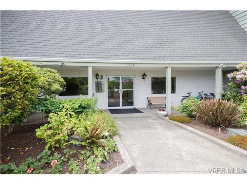 306 1490 Garnet Rd - SE Cedar Hill Condo Apartment for sale, 2 Bedrooms (349697) #2