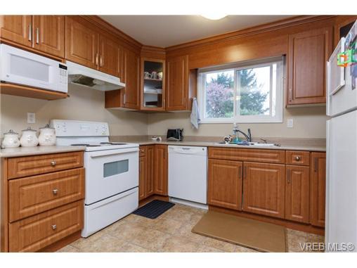 622 Broadway St - SW Glanford Half Duplex for sale, 3 Bedrooms (355923) #5
