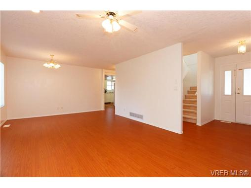 413 Skinner St - VW Victoria West Half Duplex for sale, 3 Bedrooms (356059) #5