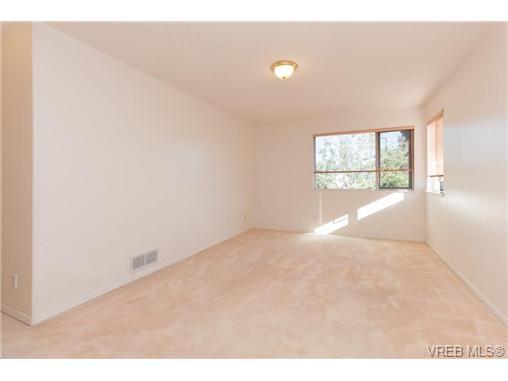 413 Skinner St - VW Victoria West Half Duplex for sale, 3 Bedrooms (356059) #9