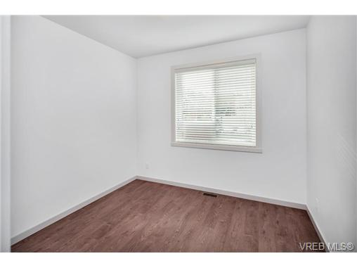 1828 Adanac St - SE Camosun Single Family Detached for sale, 5 Bedrooms (358199) #11