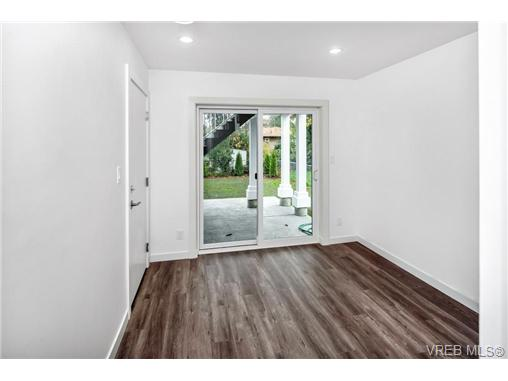 1828 Adanac St - SE Camosun Single Family Detached for sale, 5 Bedrooms (358199) #15