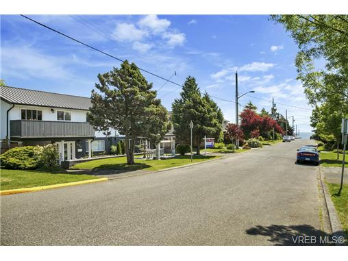 491/493 Foster St - Es Saxe Point Full Duplex for sale, 8 Bedrooms (364092) #13