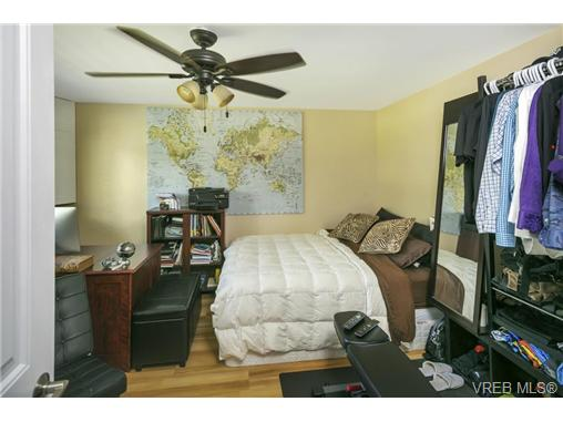 491/493 Foster St - Es Saxe Point Full Duplex for sale, 8 Bedrooms (364092) #16