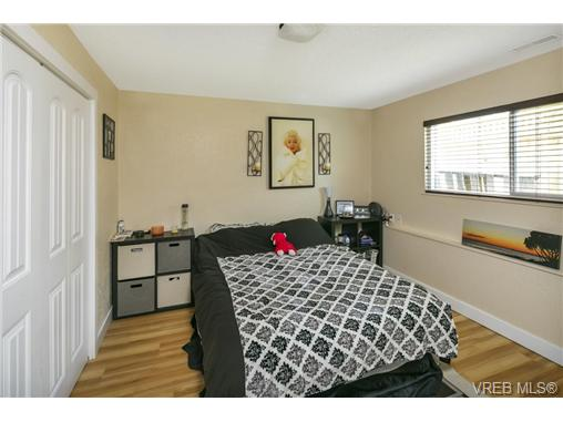 491/493 Foster St - Es Saxe Point Full Duplex for sale, 8 Bedrooms (364092) #17