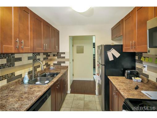 205 290 Regina Ave - SW Tillicum Condo Apartment for sale, 2 Bedrooms (364295) #1