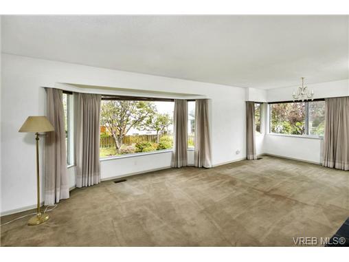 4578 Sumner Pl - SE Gordon Head Single Family Detached for sale, 3 Bedrooms (364512) #4