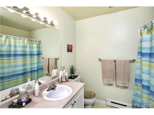 108 632 Goldstream Ave - La Fairway Row/Townhouse for sale, 3 Bedrooms (365249) #13