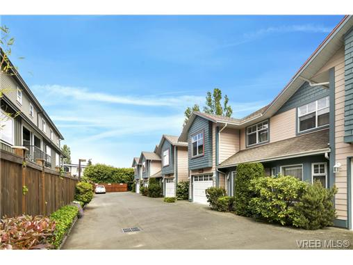 108 632 Goldstream Ave - La Fairway Row/Townhouse for sale, 3 Bedrooms (365249) #18