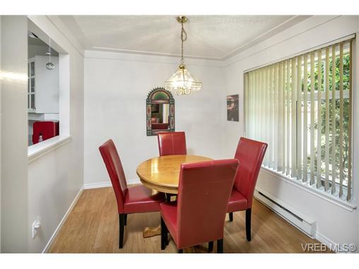 108 632 Goldstream Ave - La Fairway Row/Townhouse for sale, 3 Bedrooms (365249) #3