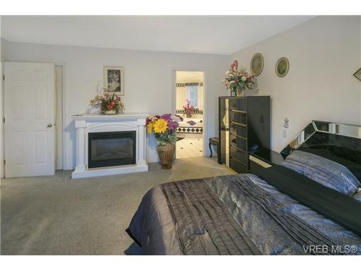 2037 Saltair Pl - SE Gordon Head Single Family Detached for sale, 6 Bedrooms (366312) #10