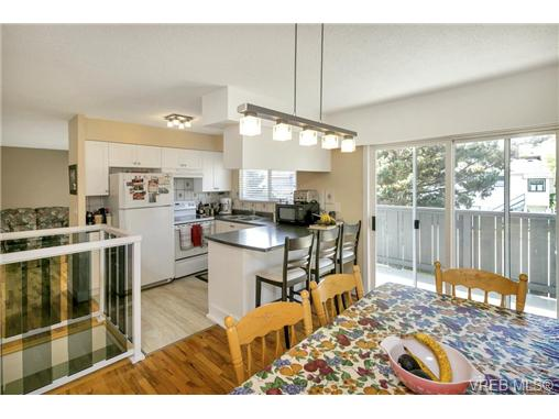 491/493 Foster St - Es Saxe Point Full Duplex for sale, 8 Bedrooms (366730) #10