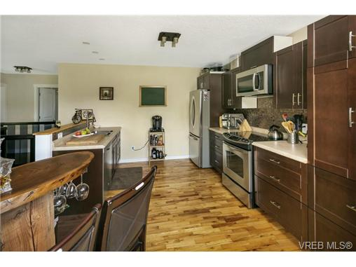 491/493 Foster St - Es Saxe Point Full Duplex for sale, 8 Bedrooms (366730) #6