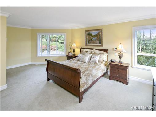 4951 Pat Bay Hwy - SE Cordova Bay Single Family Detached for sale, 11 Bedrooms (367074) #12