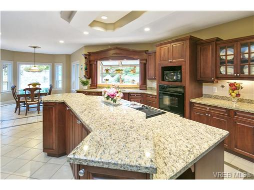 4951 Pat Bay Hwy - SE Cordova Bay Single Family Detached for sale, 11 Bedrooms (367074) #8