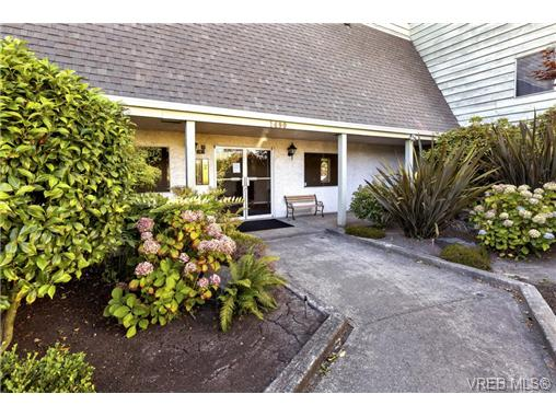 112 1490 Garnet Rd - SE Cedar Hill Condo Apartment for sale, 2 Bedrooms (368666) #12