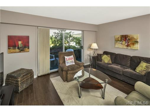 112 1490 Garnet Rd - SE Cedar Hill Condo Apartment for sale, 2 Bedrooms (368666) #1