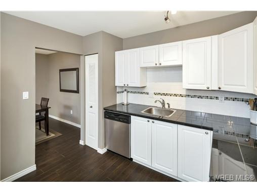 112 1490 Garnet Rd - SE Cedar Hill Condo Apartment for sale, 2 Bedrooms (368666) #2