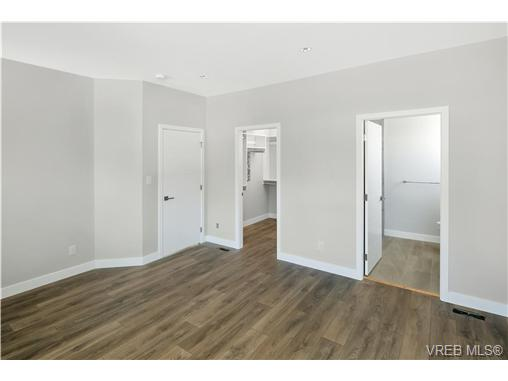 1764 Midgard Ave - SE Mt Tolmie Single Family Detached for sale, 4 Bedrooms (369576) #11