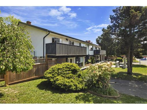 491/493 Foster St - Es Saxe Point Full Duplex for sale, 8 Bedrooms (372838) #18