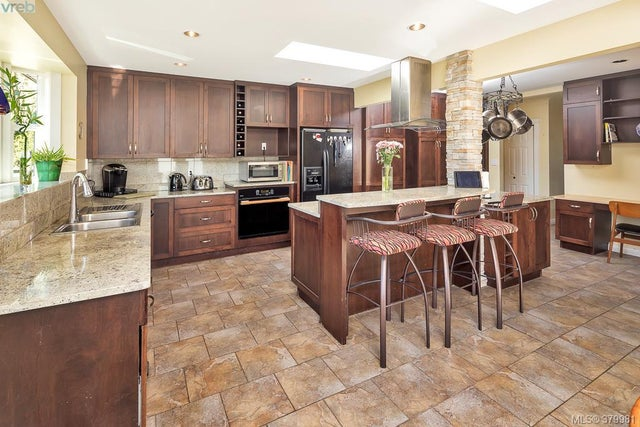 1370 McKenzie Ave - SE Blenkinsop Single Family Detached for sale, 5 Bedrooms (379981) #5