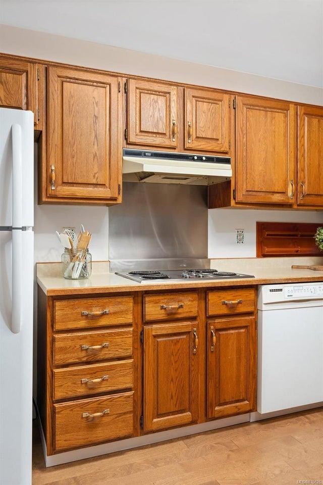 202 1175 Newport Ave - OB South Oak Bay Condo Apartment for sale, 2 Bedrooms (876626) #10