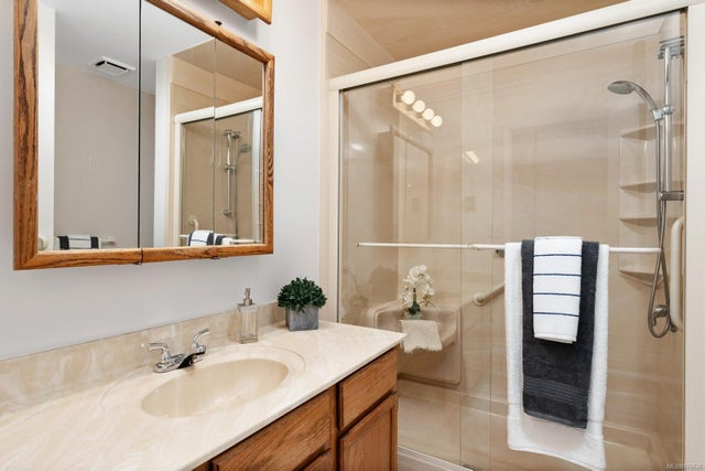 202 1175 Newport Ave - OB South Oak Bay Condo Apartment for sale, 2 Bedrooms (876626) #12