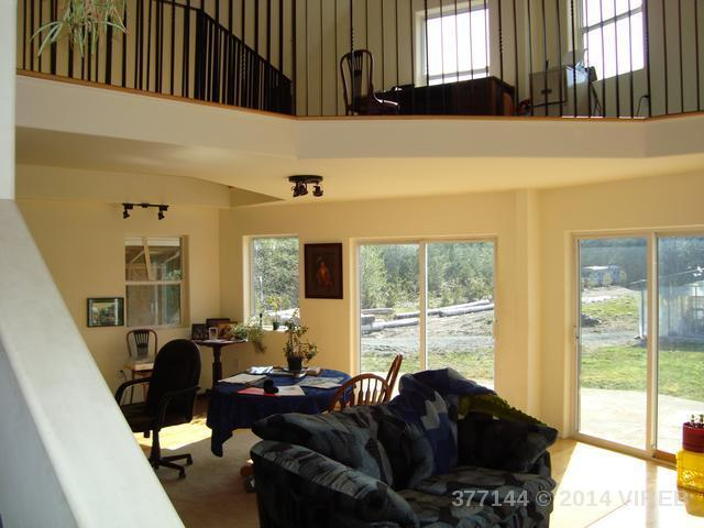 1803 TWIN PEAKS ROAD - NI Port McNeill Single Family Detached for sale, 3 Bedrooms (377144) #4