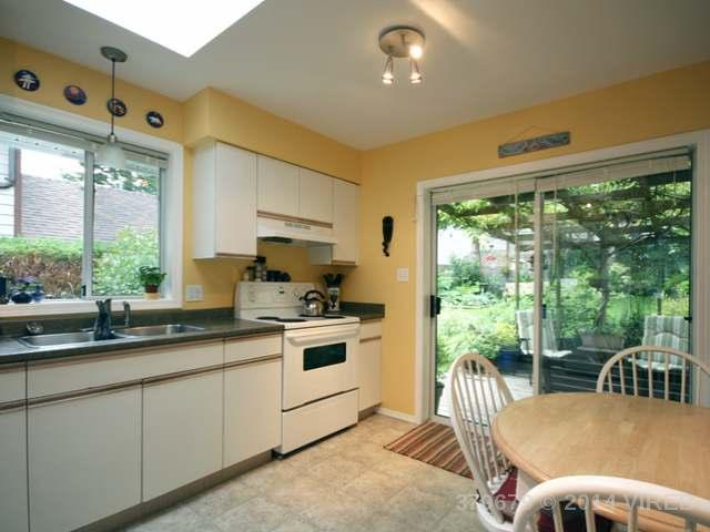 1401 HURFORD AVE - CV Courtenay East Single Family Detached for sale, 2 Bedrooms (379679) #6