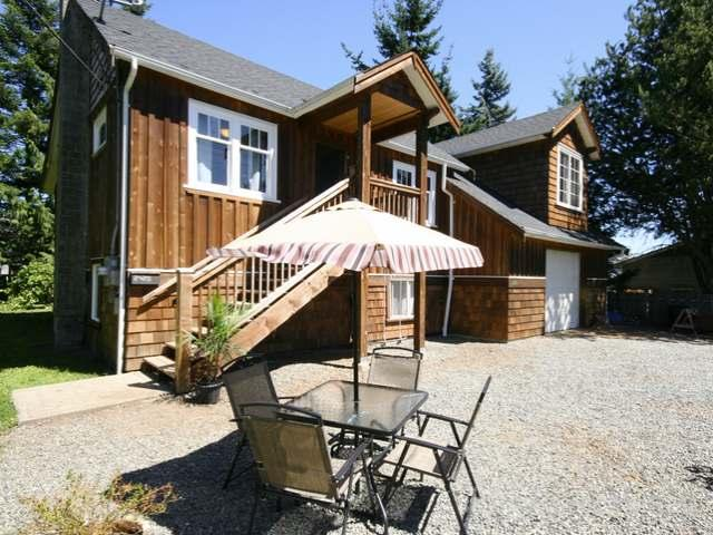 2420 WILLEMAR AVE - CV Courtenay City Single Family Detached for sale, 3 Bedrooms (383709) #1