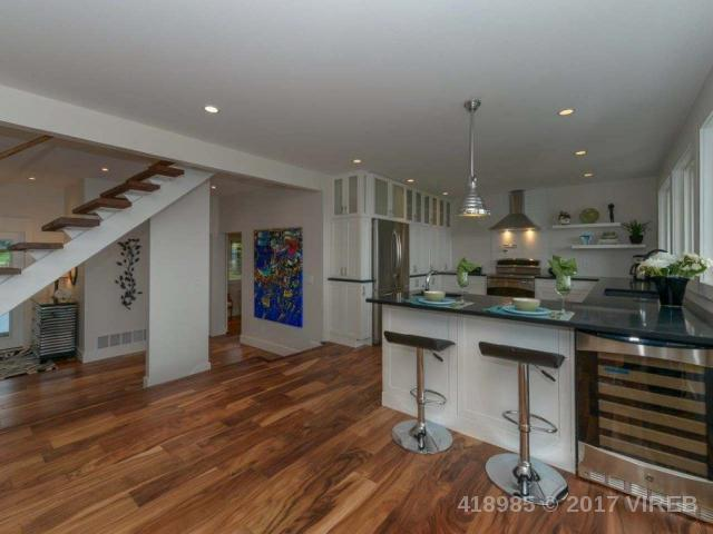 8052 HARMONY CRES - CV Merville Black Creek Single Family Detached for sale, 3 Bedrooms (418985) #6