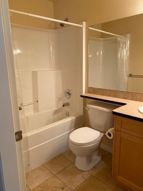 350 S. Island Hwy - CR Willow Point Condo Apartment for sale, 2 Bedrooms  #2