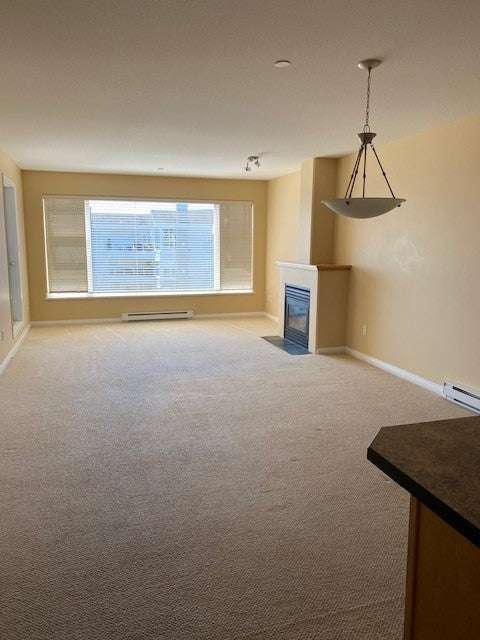 350 S. Island Hwy - CR Willow Point Condo Apartment for sale, 2 Bedrooms  #9
