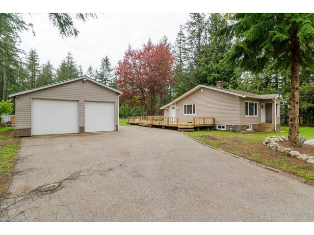 19894 24 AVENUE - Brookswood Langley House with Acreage for sale, 4 Bedrooms (R2164002)