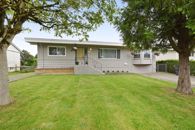 9445 CARLETON STREET - Chilliwack E Young-Yale House/Single Family for sale, 3 Bedrooms (R2180991)
